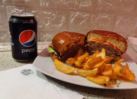 Monker Burger Fitt Gorilla Burger